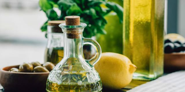 Olio extravergine d'oliva salva-cuore