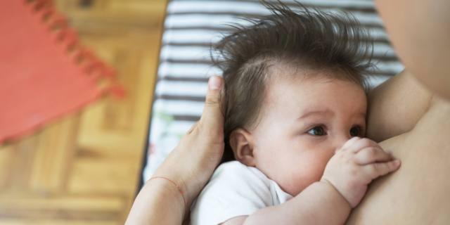 Allattamento: incide anche sul numero di figli