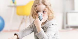 Boom di asma e malattie respiratorie nei bambini