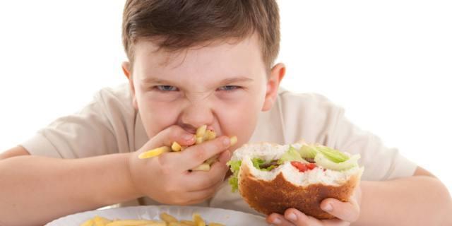 Obesità infantile: in Italia sovrappeso 1 bambino su 3