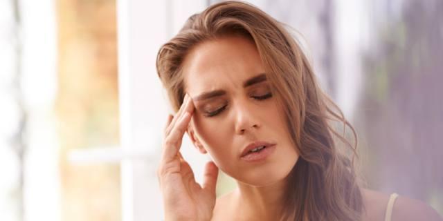 Emicrania: le donne colpite tre volte più degli uomini