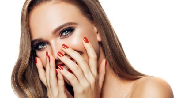 Manicure, bella ma soprattutto sicura