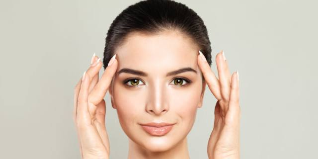 Minilifting composito, il nuovo approccio soft per un viso giovane