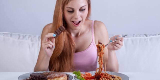 Dimagrire: è meglio ridurre i grassi o i carboidrati?
