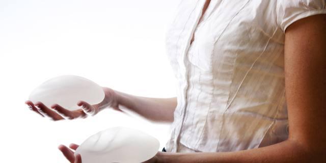 Protesi al seno: allarme sicurezza!