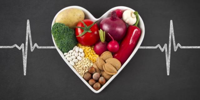 Cuore a rischio se la dieta è povera di fibre, frutta e verdura