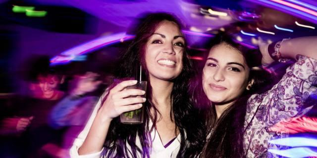 Purple drank: sciroppo e gassosa per sballarsi è la nuova droga low cost