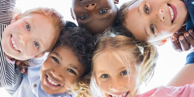 Bambini socievoli avranno stipendi più alti da adulti?