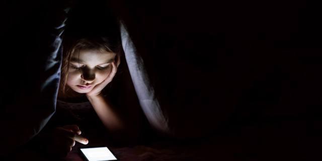Sonno nei bambini: se è poco, aumenta il rischio di dipendenze