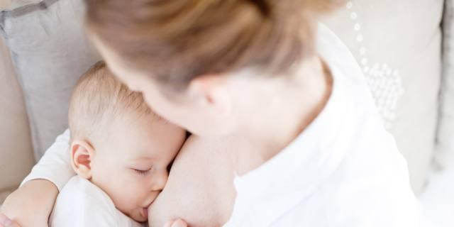 Vaccinazioni durante l'allattamento: non ci sono controindicazioni per il bimbo