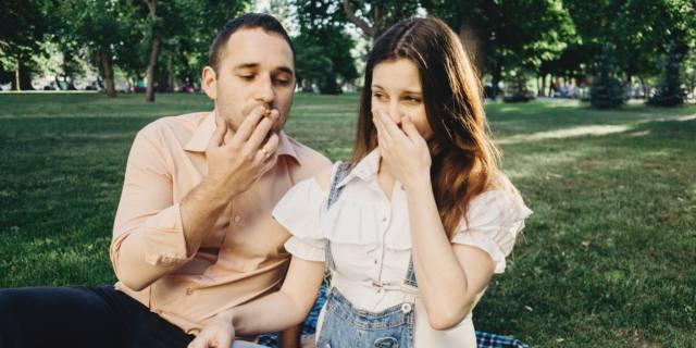 Fumo in gravidanza: fa male anche quello del papà