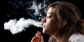 Fumo di tabacco: preoccupa la diffusione tra gli adolescenti