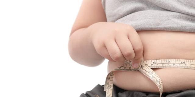 Sovrappeso infantile? Rischio sclerosi multipla da adulti