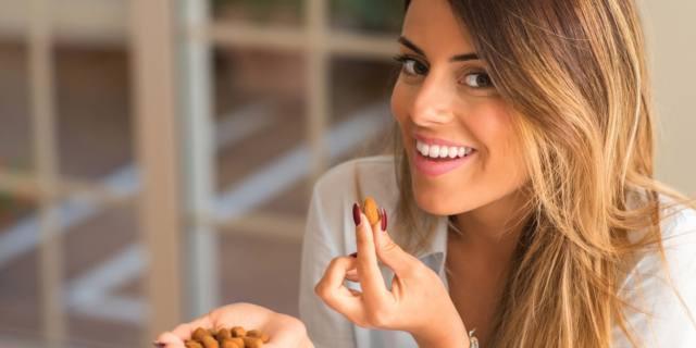 Mandorle: elisir di bellezza naturale per le donne