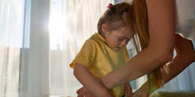 Eccesso di accudimento fa più male che bene ai figli?