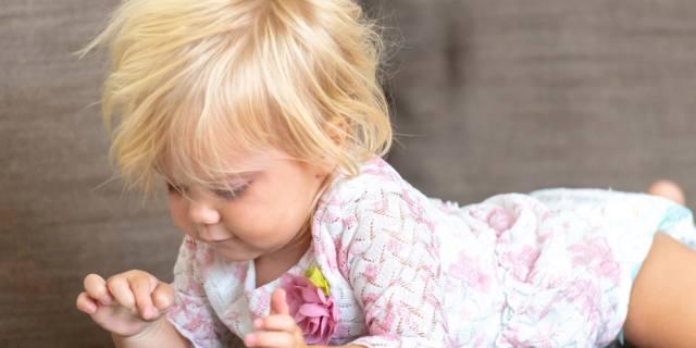 Bambini e smartphone: non più di due ore al giorno