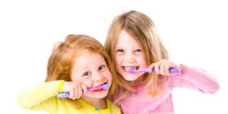 Diabete di tipo 1 nei bambini mette  a rischio la salute della bocca