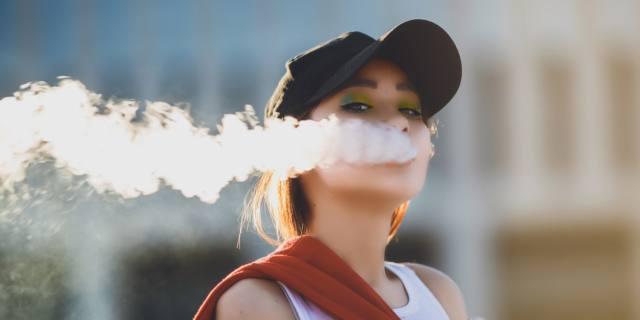 Sigaretta elettronica, attenzione ai liquidi aromatizzati