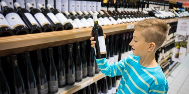 Alcol dipendenza: a rischio 8,6 milioni di italiani. Molti giovani