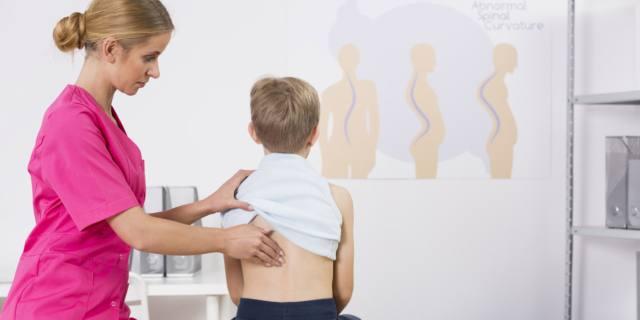 Ossa dei bambini: così si evitano i problemi