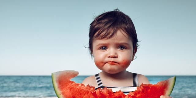 Frutta per i bambini: un toccasana, specialmente in estate