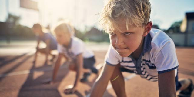 Lo sport da bambini è un toccasana per le ossa da adulti