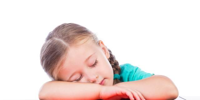 Il sonnellino aiuta i bambini: più rilassati e bravi a scuola