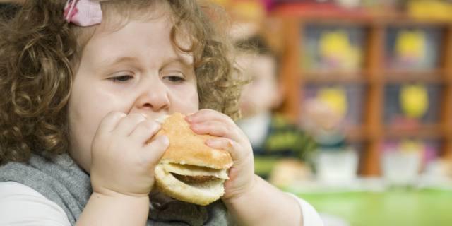 Obesità infantile, Italia tra i peggiori in Europa
