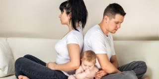 Problemi di coppia dopo il parto? I bebè lo sentono (e soffrono)