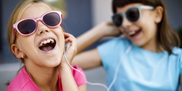Musica in cuffia: più rischi per gli adolescenti