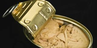 Allarme tonno al botulino: ritirate dal mercato 3.500 confezioni