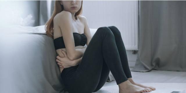 Anoressia e bulimia: traumi e autolesionismo tra i campanelli d'allarme