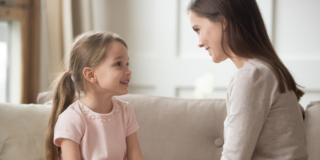 Ascoltare i bambini li protegge dal rischio di depressione da adulti