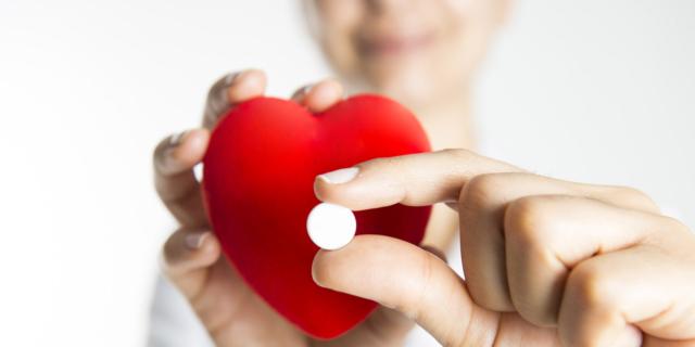 Infarto e ictus: meno rischi con una pillola 4-in-1