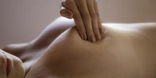 Terapia ormonale sostitutiva e tumore al seno: c'è un legame?