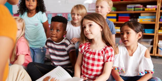 La lettura ad alta voce prepara meglio i bambini alla scuola e alla vita