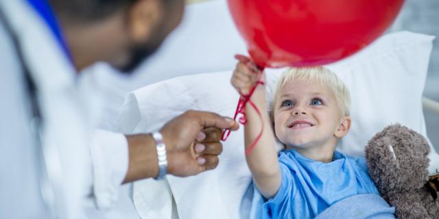 Tumori nei bambini: ci sono nuove terapie per curarli