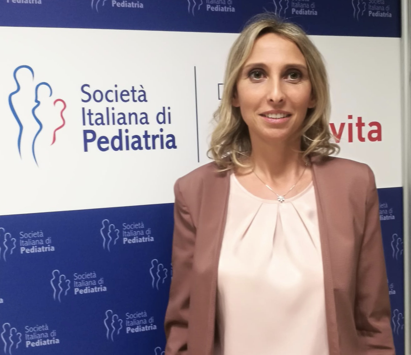 Elena Bozzola