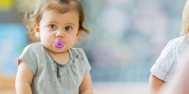 Arriva il ciuccio 2.0: rileva il glucosio nella saliva e non solo