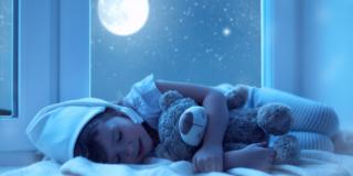 Insonnia nei bambini? Pratici consigli e un aiuto dalla melatonina
