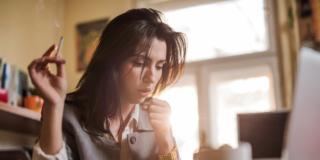 Coronavirus: il fumo di sigaretta peggiora la malattia