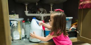 Uso dei disinfettanti: aumentate le intossicazioni accidentali nei bambini