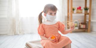 Coronavirus: ripartenza con buon senso. Vaccino ancora lontano