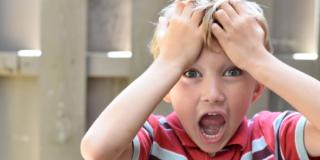 Pidocchi nei bambini, combatterli e prevenirli