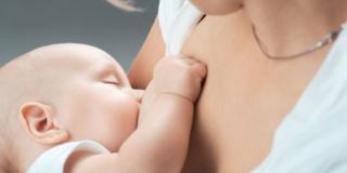 4 consigli (+1) per allattare al seno il tuo bimbo
