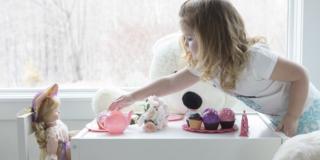 Empatia nei bambini: giocare con le bambole aiuta a svilupparla