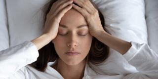 Mal di testa: meno dolore e frequenza con il raggio verde