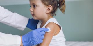 Vaccino antinfluenzale ai bambini: 7 genitori su 10 dicono sì