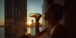 Alcol: è allarme rosso a causa della pandemia