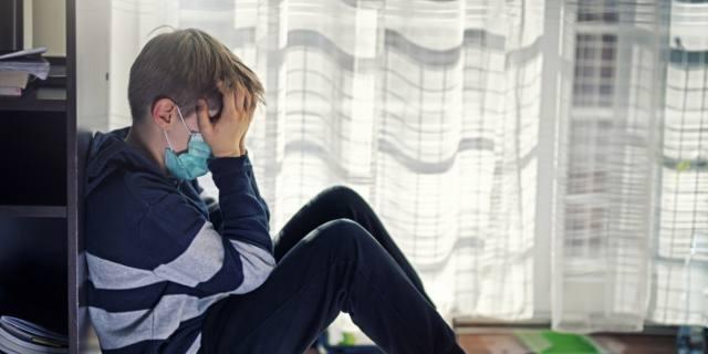 Covid-19, attenzione a ipocondria, ansia e paranoia nei giovanissimi